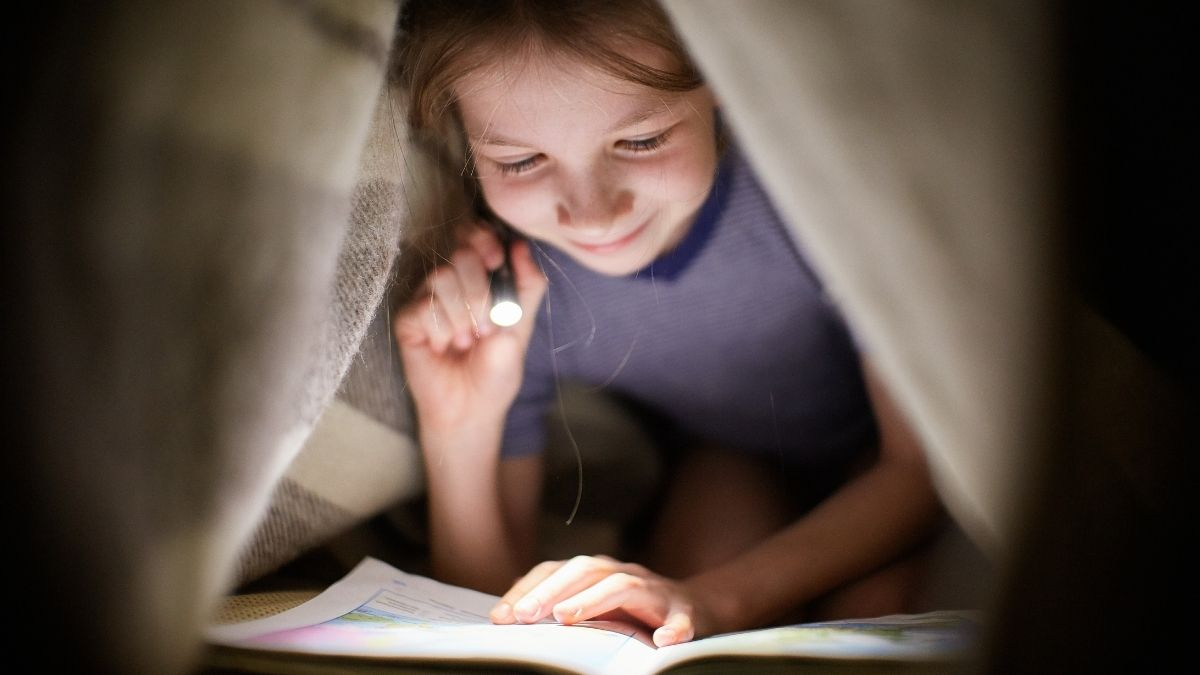 How To Make the Best Cushion Fort With Your Kids