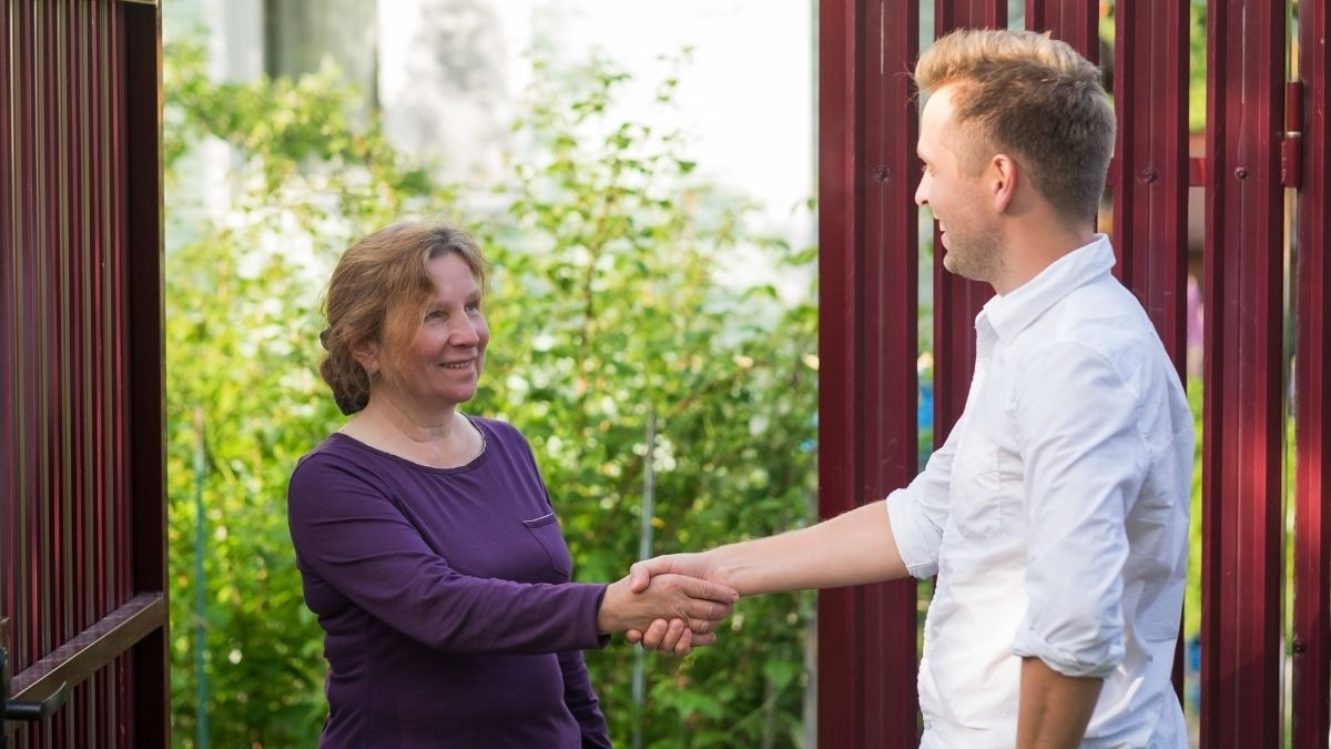 5 Reasons Why Getting To Know Your Neighbors Is Beneficial